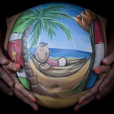 Bellypaint Suriname strand Tera Bakker UitjedakFotografie